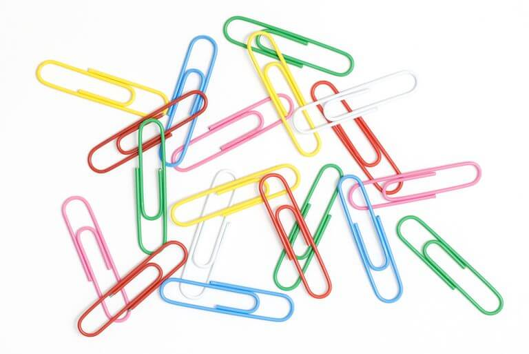 How to Pick a Desk Drawer Lock - paperclips
