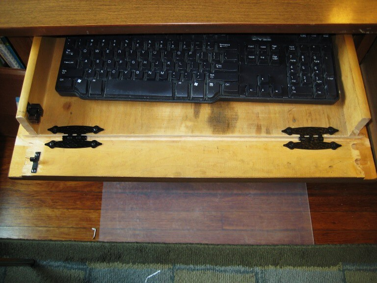 How to Make a Keyboard Tray Out Of a Desk Drawer - Desk drawer converted into a keyboard tray