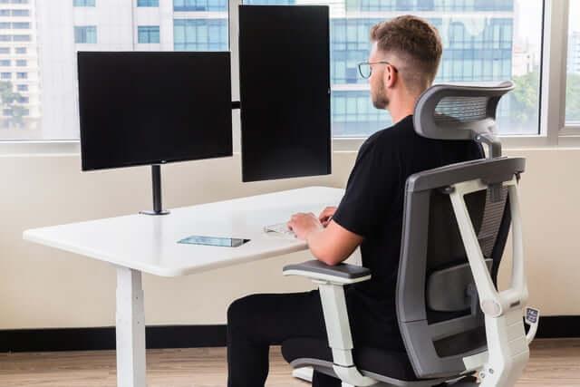 UPLIFT Reclaimed Wood Desk vs. Autonomous Smart Desk 3 - Autonomous Smart Desk 3