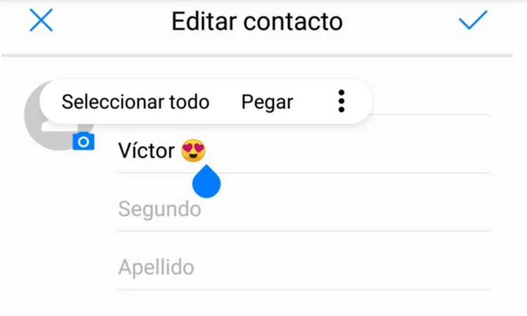 Copy and paste emojis in your contacts