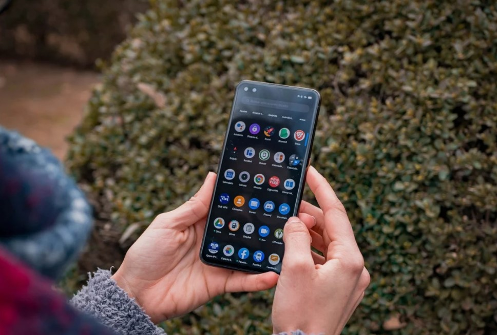 How to change the size of the icons on an Android mobile