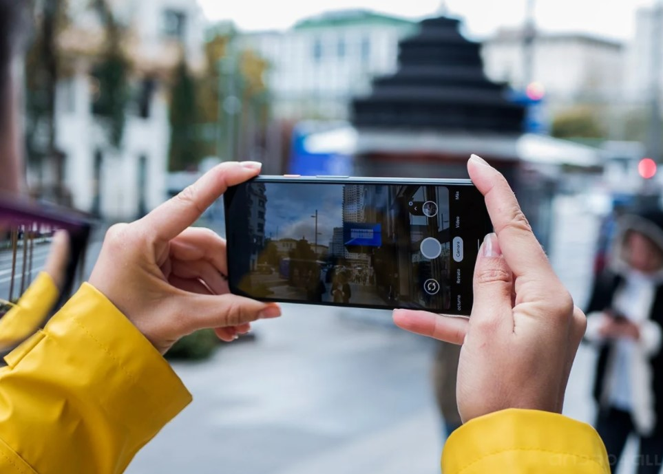 best apps to put background music to a video