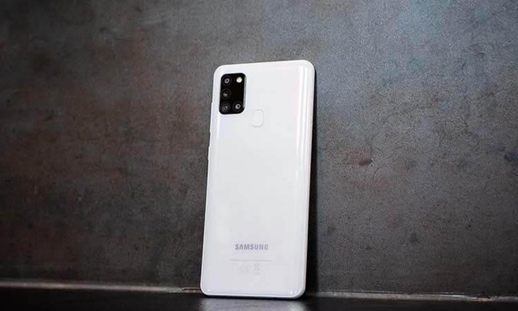 Best low end Samsung mobile phone